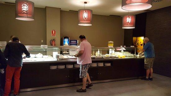 Hotel Macia Real de la Alhambra: Desayuno