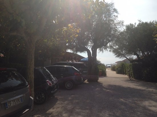 Bagno Sud Est: Паркинг для машин