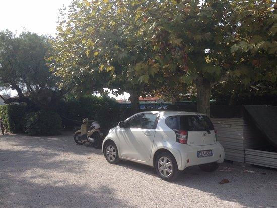 Bagno Sud Est: Паркинг