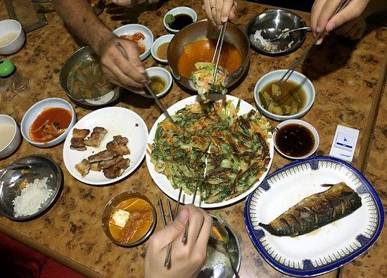 po cha korean restaurant food spread