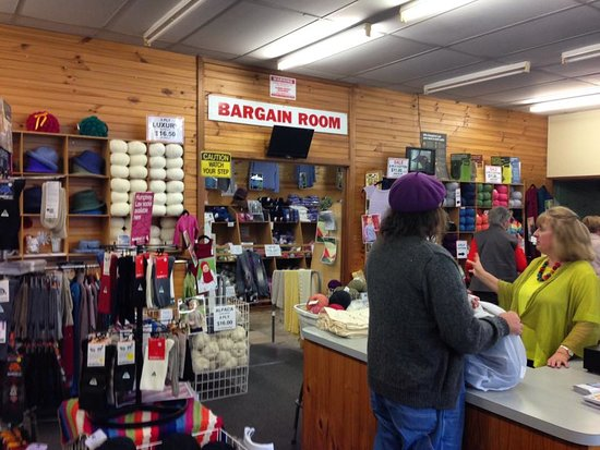 Bendigo Woollen Mills -- friendly staff