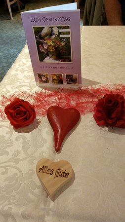 Uderns, Austria: Geburtstagsdeko am Tisch
