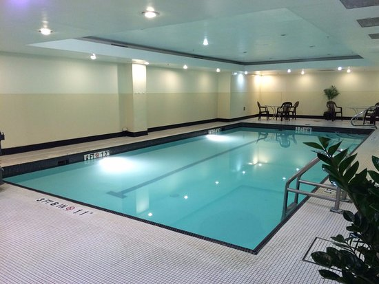 Small Indoor Swimming Pool - Picture of Grand Hyatt ...