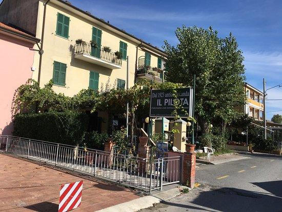 Ameglia Italy  City new picture : Ameglia, Italy: L'esterno