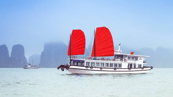 Halong Bay Vietnam - Day Tours