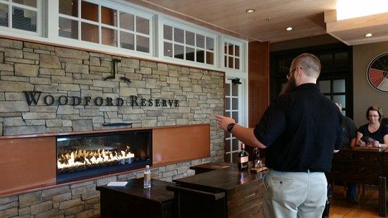Harrodsburg, KY : Woodford Reserve tasting room
