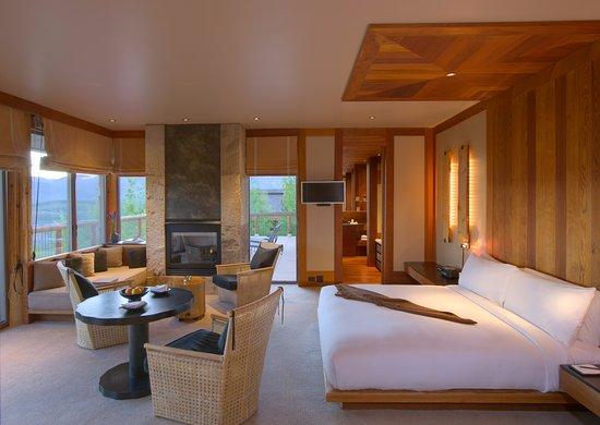 Amangani Spring Gulch Suite Bedroom