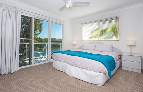 Hope Island, Australia: Honeymoon Suite With Private Patio and Beautiful River Views
