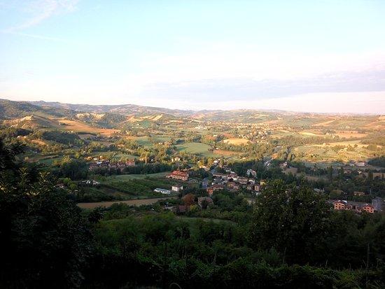 Castello di Serravalle, Italia: Вид из ресторанчика