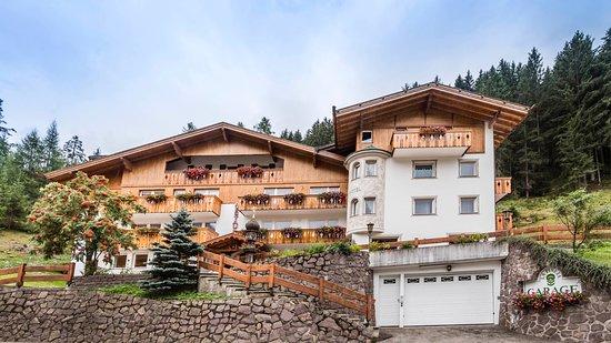 Hotel La Pineta: Vista esterna