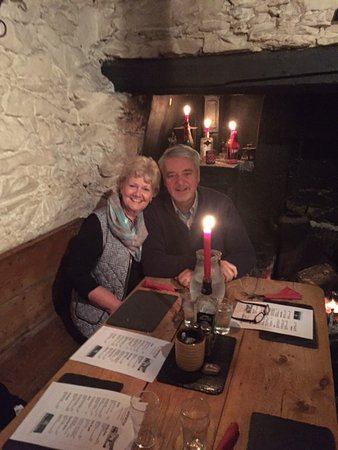 Dungarvan, Irlanda: We were fortunate to be able to celebrate our 46th Anniversary in Ireland with good friends