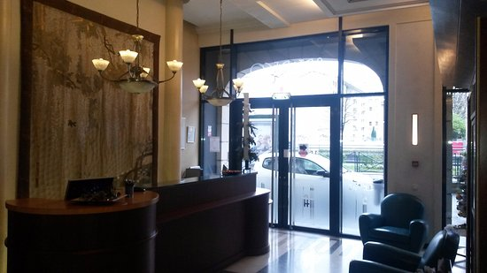 Hotel Art Deco Euralille: Réception