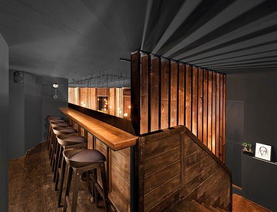 Hype Cocktail Bar