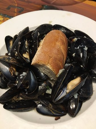 East Haven, CT: Mussels