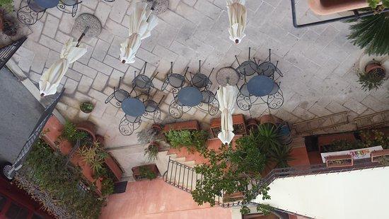 Hotel Il Barocco: 20161012_174942_large.jpg