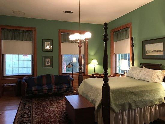 Berryville, VA: Randolph room