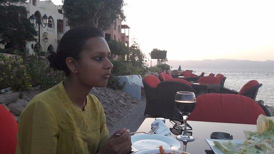 Suzana Restaurant & Bar: Revelling