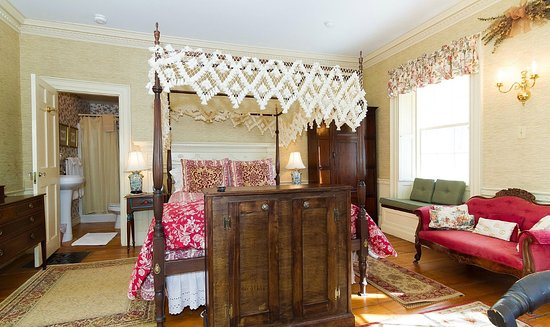 Newburyport, MA: Clark Room