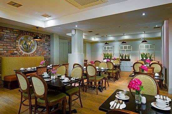 Shannon, Irlanda: Hotel Restaurant