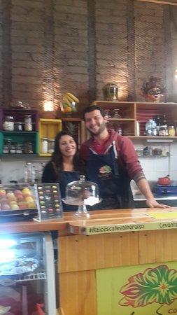 Raíces café: Un lindo rincón en Valparaíso ubicado en Pasaje Galvez C° Alegre