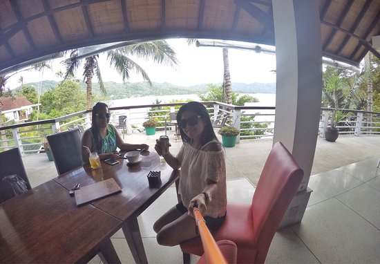DABIRAHE Dive, Spa and Leisure Resort (Lembeh): I love being on this place. Great view, ravishing, more over it was calmly feeling when I was he