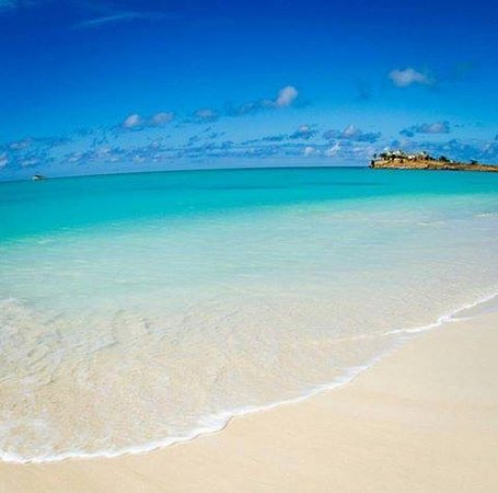 Saint Mary Parish, Antigua: This photo was taken on the shore of Jolly Beach, Antigua! Doesn't get much more beautiful than