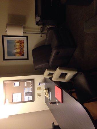 Candlewood Suites Chicago Waukegan: photo5.jpg