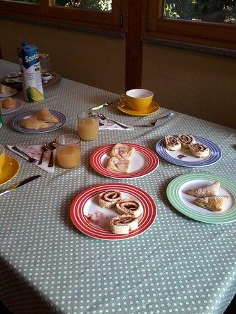 Donnas, Itália: La prima colazione