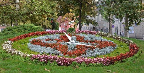 Szekesfehervar, Hungría: The clock