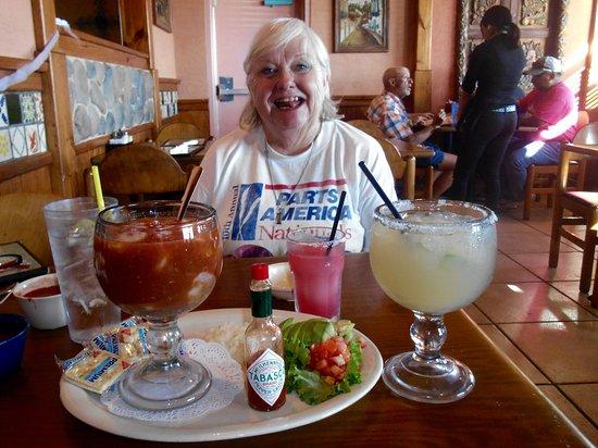 Ennis, TX: Don Jose's shrimp cocktail and Margarita