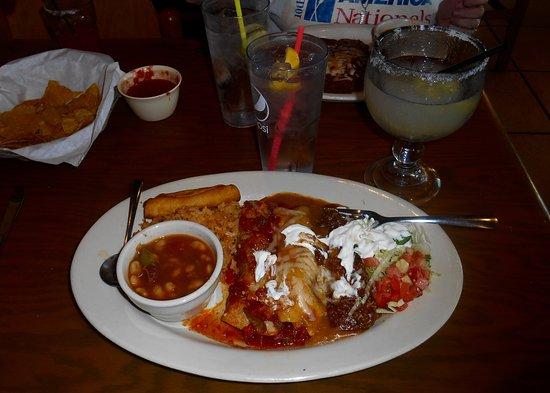 Ennis, TX: Don Marco Platter