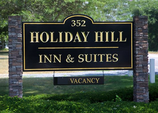 Holiday Hill Inn & Suites: Sign