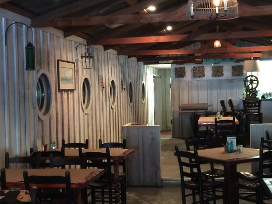 Beaufort, NC: Interior on dining side