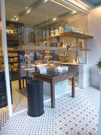 Mooi, fris interieur. - Picture of G Like Gelato, Rome - TripAdvisor
