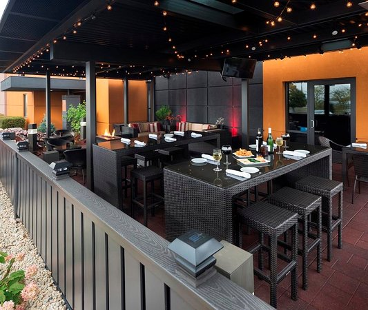Axelu0027s Restaurant: High Tops In The Patio For Bigger Groups And Gatherings