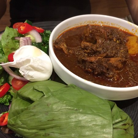 Kith Cafe: some curry with chicken dish