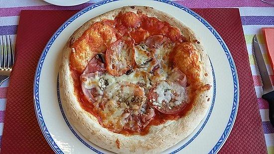 Wiltz, Luxemburgo: Pizza jambon