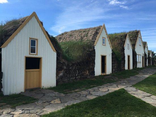 Varmahlid, Исландия: Front door view