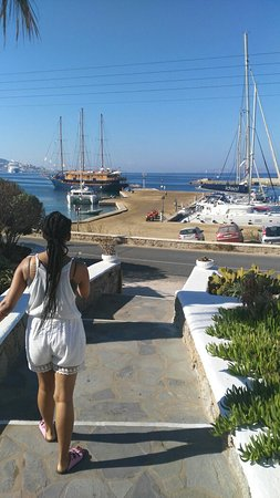 """Tourlos, Grekland: Our """"home"""" in Mykonos. Beautiful. Central to everything. Friendly, helpful staff. Beautiful."""