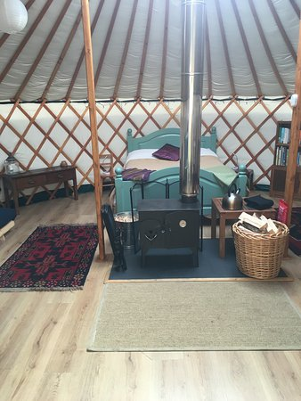 Kilmory, UK: Inside yurt