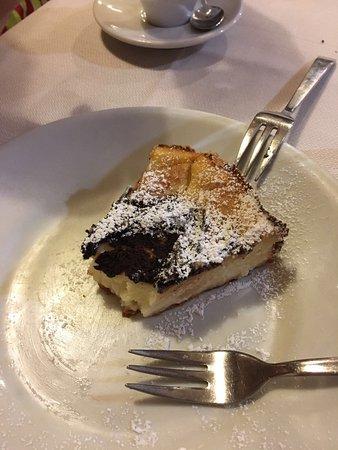 Del Fagioli: Una comida espectacular. Tanto la carne como los postres caseros.
