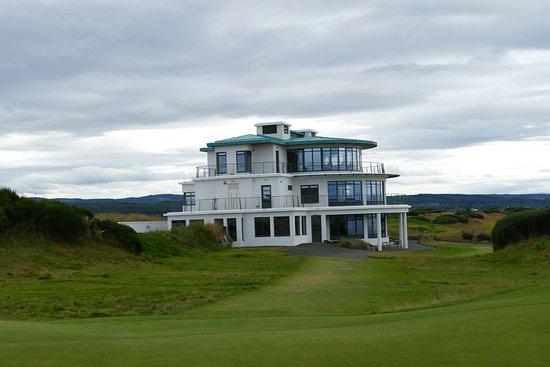 Castle Stuart Golf: Castle Stuart Clubhouse