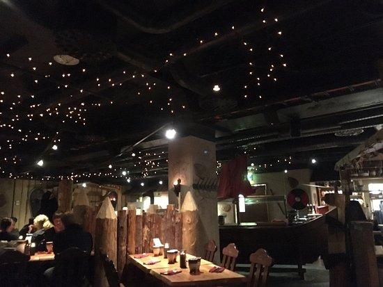 ยูแวสกูแล, ฟินแลนด์: 店内の雰囲気