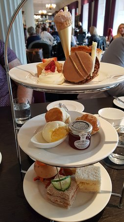 Blythswood Square: Afternoon Tea