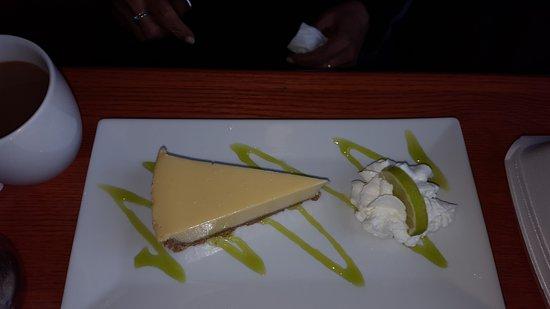 Port Jefferson, نيويورك: Delicious desserts too!