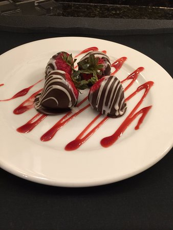 Park City Marriott : Complementary chocolate covered strawberries