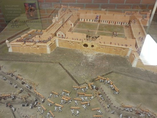 Fort Conde Museum and Welcome Center: Model of the original fort