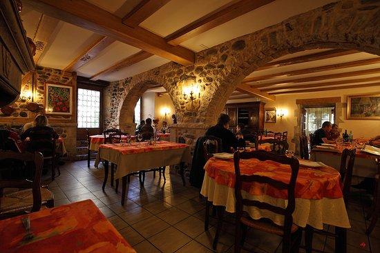 Sainte-Eulalie-d'Olt, Prancis: salle à manger
