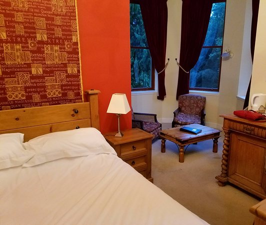 Menstrie, UK: Our friends' room