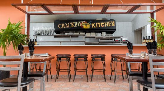 crackpot kitchen restaurant bar grill providenciales restaurant